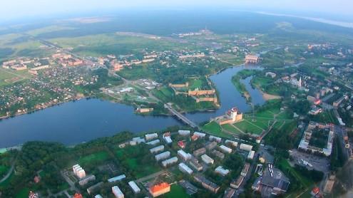 Вид на приграничную Нарву с воздуха (Фото: Илья СМИРНОВ/АРХИВ)
