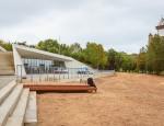 Новое нарвское пляжное здание.  Архивное фото, автор - Илья Смирнов