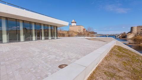 Нарвское пляжное здание в Липовой ямке. (Фото: Илья СМИРНОВ/АРХИВ)