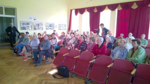 Учредительное собрание нового прихода прошло в бывшем приходском здании по ул. Вабадузе, 20.