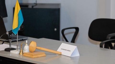 Председатель Нарвского горсобрания Александр Ефимов оставил пост, поскольку его судебный приговор вступил в силу. (Фото: Илья СМИРНОВ/АРХИВ)