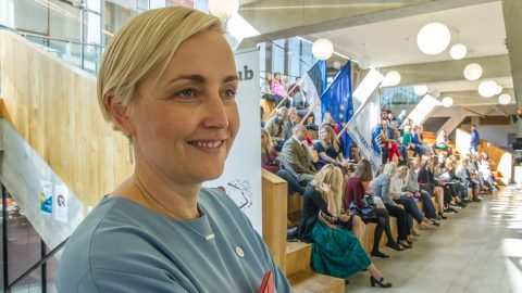 Уроженка Кивиыли Кристина Каллас более трех лет занимала должность директора Нарвского колледжа. (Фото: Матти КЯМЯРЯ/АРХИВ)